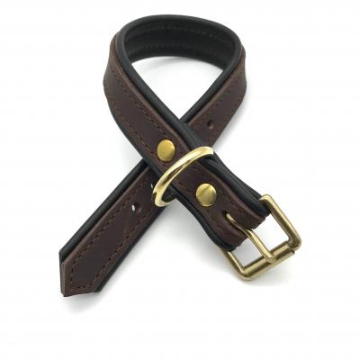 Collar de cuero forrado con napa de cuero marrón